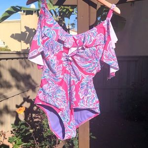 Lovely brand new one piece bathing suit
